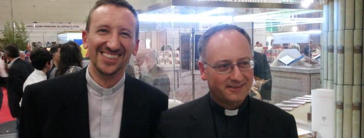Padre Ottorino Vanzaghi, dottrinario, parroco di Gesù Nazareno, con il gesuita padre Antonio Spadare, direttore di Civiltà Cattolica