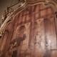 Particolare della pirografia di padre Cesare nella prima cappella destra